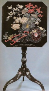 Mother of Pearl Inlay and taki-maki lacquer tripod table (1)
